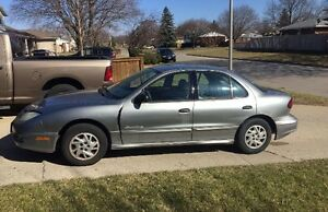SOLD - 2004 Pontiac Sunfire Basic Model As is
