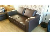 2 seater Couch sofa new condition can deliver free