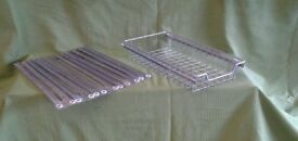 Pullout wire baskets