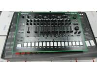 Roland Aira TR-8 Rhythm Performer Machine
