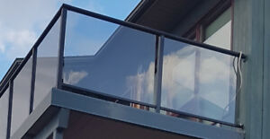 Tinted tempered glass panes for railing