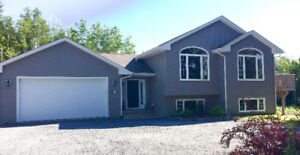 Lovely 3+2 Bedroom House with In-Ground Pool Quispamsis