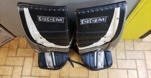 PAD DE GARDIEN DE BUT CCM NHL SEULEMENT 329.95