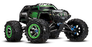 Traxxas Summit 1/10 Monster Truck