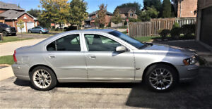 2005 VOLVO S60 IN GREAT CONDITION - $1,500 or Best Offer