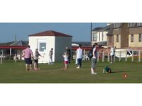 Volunteers Required for Community Putting Green! Do you enjoy meeting new people?
