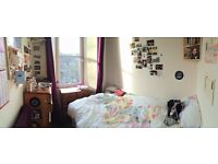 Flatmate wanted: 1 double bed in 3 bed Tollcross flat, available Nov 1st