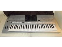 Professional Electric Yamaha Keyboard great for DJs, Learners and experienced users
