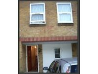MUST SEE 2 BED HOUSE IN MANOR PARK E12, WITH PRIVATE DRIVEWAY AVAILABLE NOW!