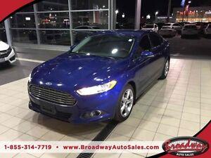 2013 Ford Fusion FUEL EFFICIENT SE MODEL 5 PASSENGER SYNC TECHNO