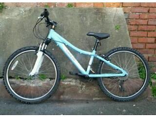 Ladies Saracen aluminium frame bike