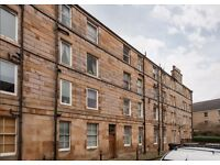 Unfurnished One Bedroom Apartment in Lorne Square - Off Leith Walk - Edinburgh - Avail NOW