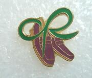Macmillan Badges