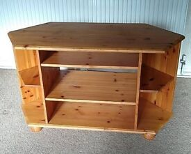 Pine tv cabinet with adjustable shelves