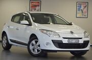 2011 Renault Megane III B32 Dynamique Glacier White Manual Hatchback Chatswood Willoughby Area Preview