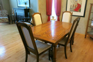 Dining room table dining tables and sets winnipeg kijiji for Dining room tables kijiji winnipeg