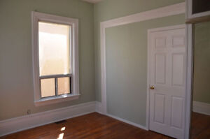 Rooms for Rent Dundas & Keele