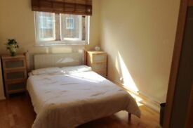 Spacious double room in Battersea