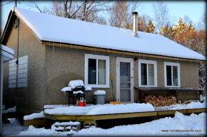 Cottage Rental - Hunting/Snowmobiling/Ice Fishing
