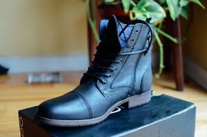 Lareracia Boot from Aldo. Never been worn size 14.
