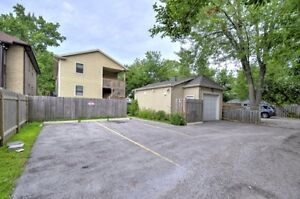 Room available may-may Stratford Kitchener Area image 2