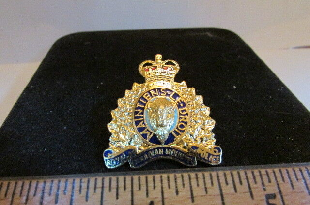 Rare Brass Mini Police Hat/Lapel Badge-Royal Mounted Police-Maintiens Le Droit