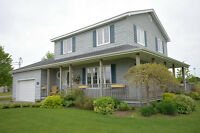 WATERVIEW & INLAW SUITE IN THE HEART OF SHEDIAC!!