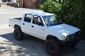 1999 Toyota Hilux pick up truck, 3 litres 4 cylinders non-turbo