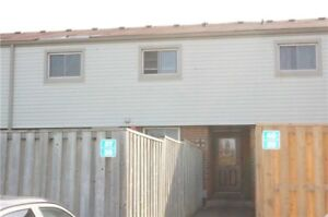 GREAT VALUE!!!!! 3BED CONDO TOWNHOME IN OSHAWA!!!!!!!
