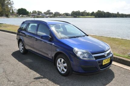 2006 Holden Astra AH MY06 CD Blue 4 Speed Automatic Wagon