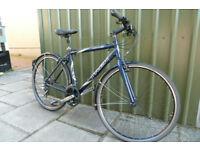Mens Trek 7200FX hybrid bicycle