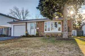 YOUR SEARCH ENDS HERE! ABSOLUTELY STUNNING 3 BR BUNGALOW IN AJAX