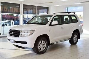 2009 Toyota Landcruiser VDJ200R 09 Upgrade GXL (4x4) White 6 Speed Automatic Wagon Morley Bayswater Area Preview