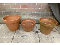 Large terracotta clay plant pots 33cm and 31cm