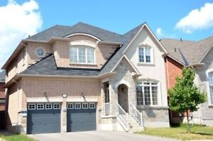 4 Bedrooms 2 Garage detached house for rent in Thornhill Woods