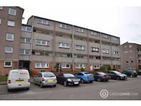 Northfield Grove, EH8 7RN - Immediately available 3 bedroom first floor unfurnished property.