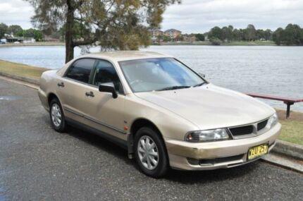 2000 Mitsubishi Magna TH Executive Gold 4 Speed Automatic Sedan
