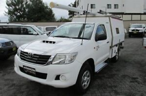 2011 Toyota Hilux KUN26R MY12 SR (4x4) White 5 Speed Manual Cab Chassis