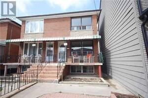 54a Palmerston Ave Toronto Ontario Great  Home for sale!