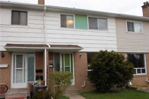 Affordable 3 Br Freehold Townhome In Pickering