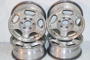 *SET OF 4 - Chevy Silverado/ GMC Sierra Aluminum Rims*