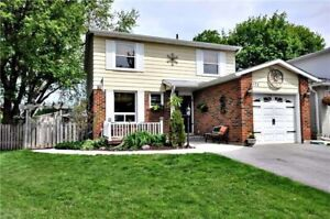 Immaculate 3bdr detached home with huge backyard for Rent