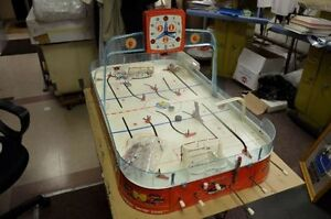 WANTED: VINTAGE TABLE TOP HOCKEY GAME Cambridge Kitchener Area image 2