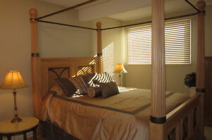 Furnished & Serviced 2 BR Condo Oakridge SW $2350 PM All Includ
