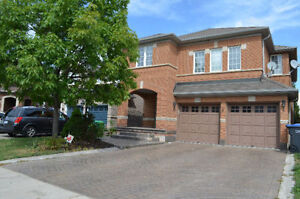 Beautiful House Available for Rent (Bovaid & Chinguacousy)