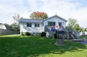 House for Sale in Lindsay
