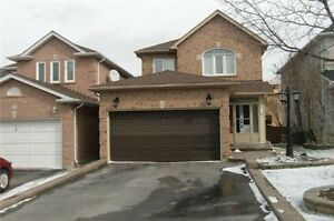 "Move in ready ""Summerhill Est"" home FOR SALE in Newmarket    #40"