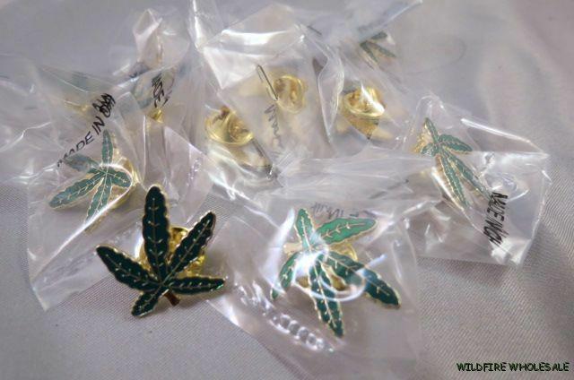 WHOLESALE LOT OF 12 MARIJUANA LEAF PINS lapel tie tack Pot 420 Weed green gold