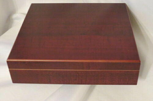 Vintage Decatur Wooden Cherry Humidor Box, Clean Interior, Felted Bottom Lined