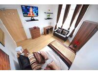 ◄▬ Sensational Kingsize+Sofa+TV in Newly Refurbished House.Modern Area: Stratford City Westfields ▬►